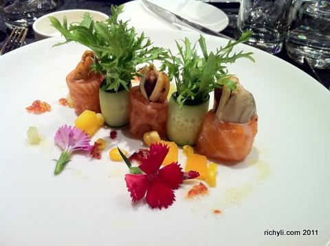 台北W Hotel的晚宴沙拉