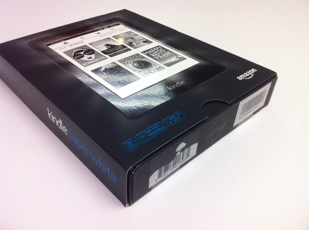 Kindle Paperwhite 2 的外彩盒
