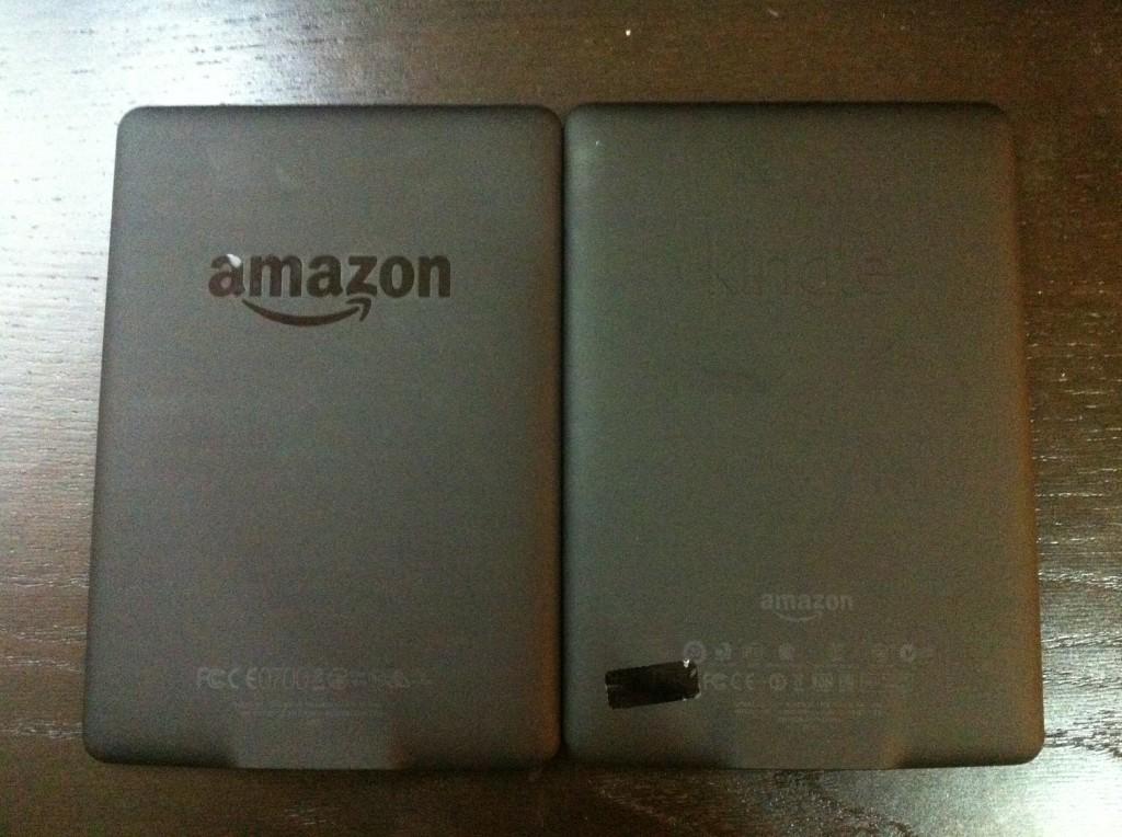 Kindle Paperwhite 2 的背面有亮面的Amazon Logo