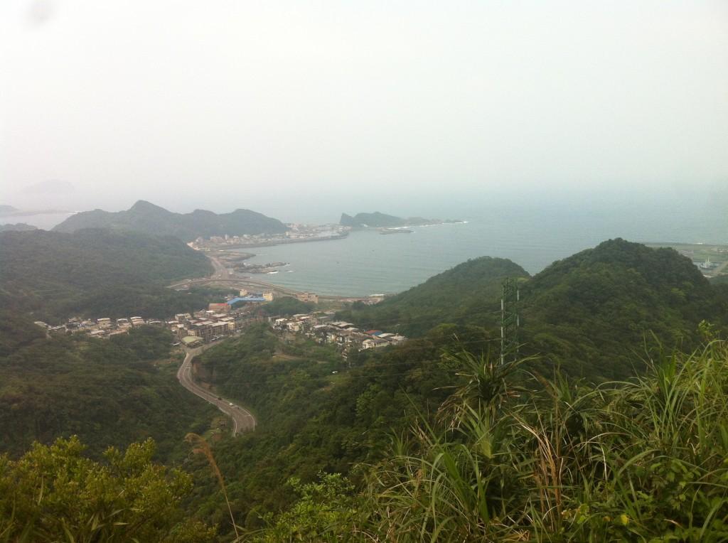 龍潭山看瑞芳深澳石油港